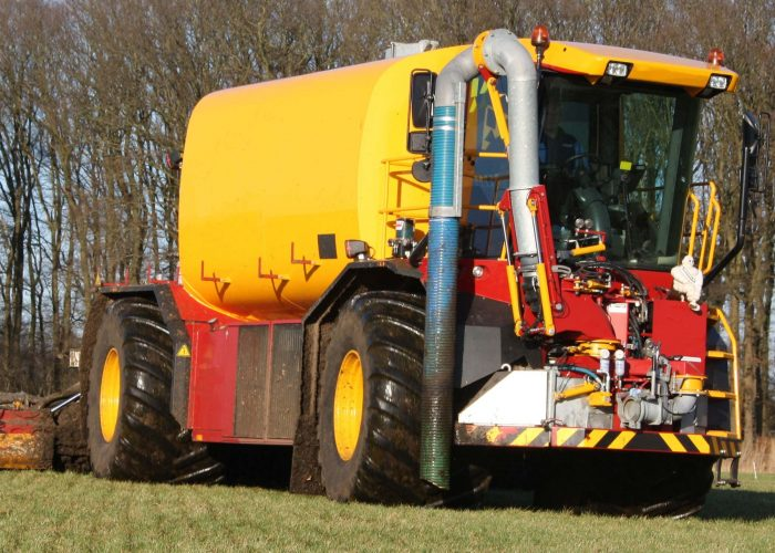 Hydraulic systems for agricultural machine